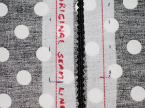 Divide measurement of teeth by 2 and mark this width on the garment side of the seam line.