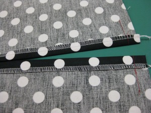 Seam allowances pressed open full amount on RHS and 1cm/ 1/2