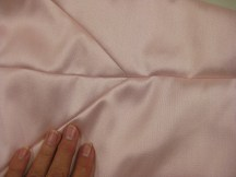 Open seams give a smooth, flat appearance on the face side
